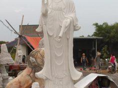 Tượng đá Quan 2m83 tại Hải Dương