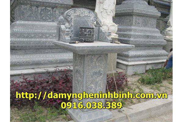 Mẫu bàn thờ đá  1