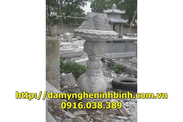 Mẫu bàn thờ đá  11